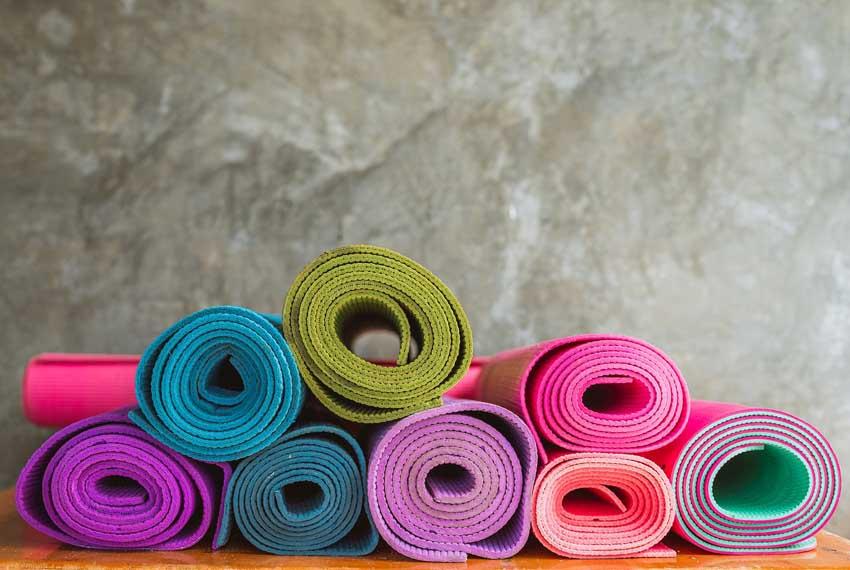 Infos bei Brustkrebs // Kathy und Ann-Kathrin haben für euch Yoga-Videos aufgenommen. // Intro