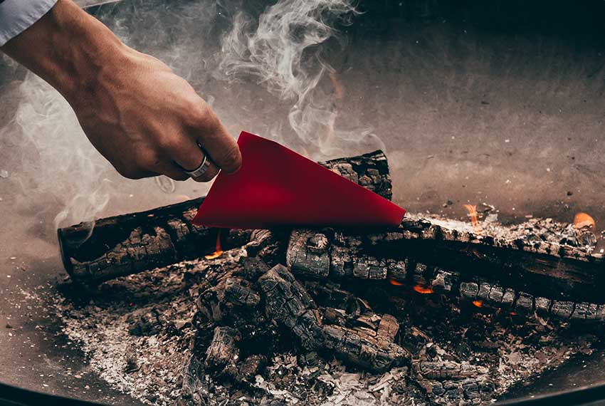 Das Feuerritual // Infos bei Brustkrebs